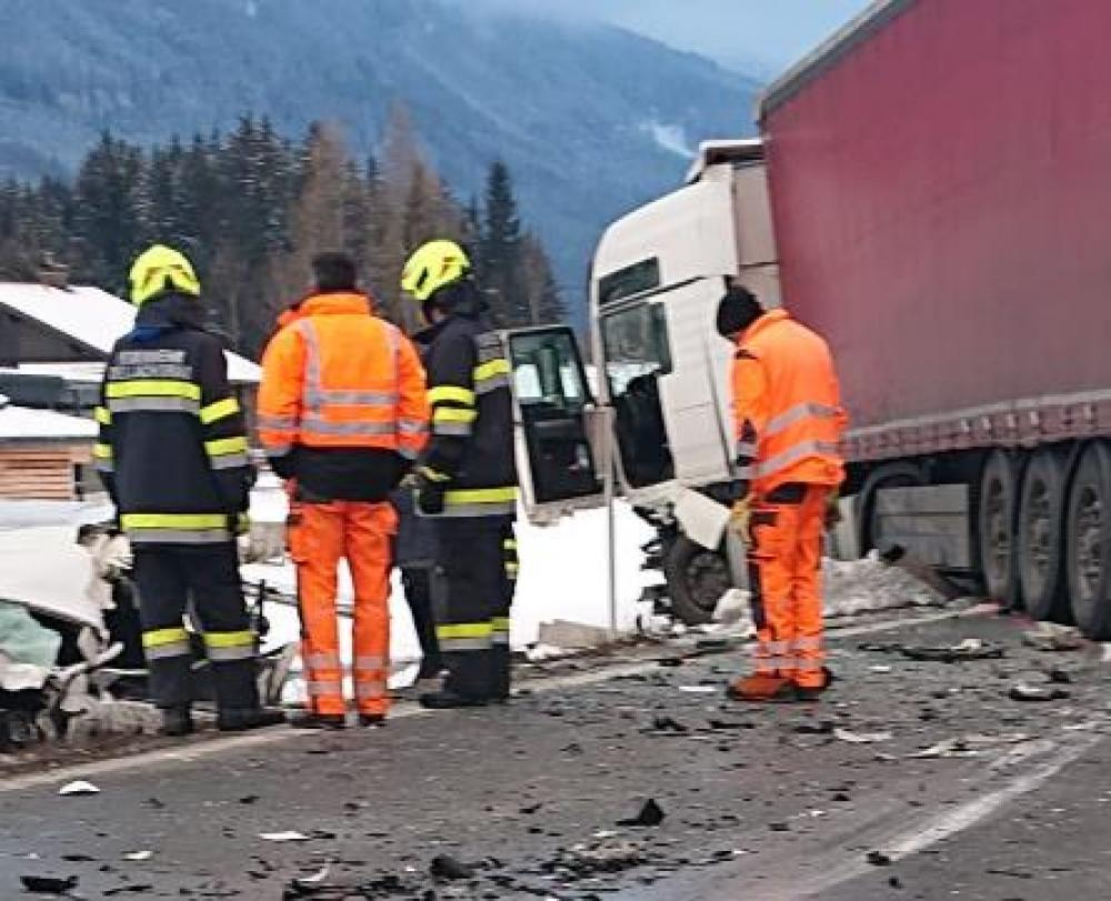 Schwerer Verkehrsunfall in Dellach